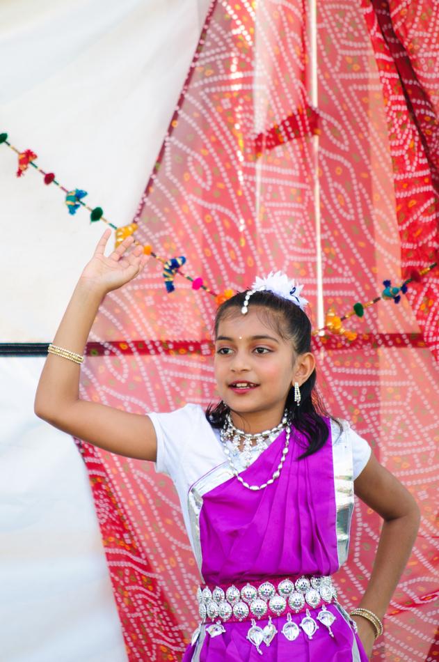 lr_india_fair_2012-047_7571371828